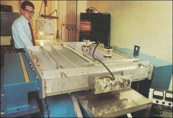 1000 W Russell's laser at Sylvania 1963-72.jpg